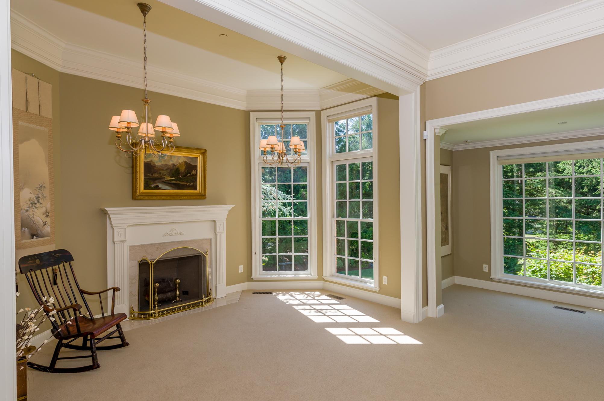 Classic country estate spektrum enterprises for Classic homes real estate