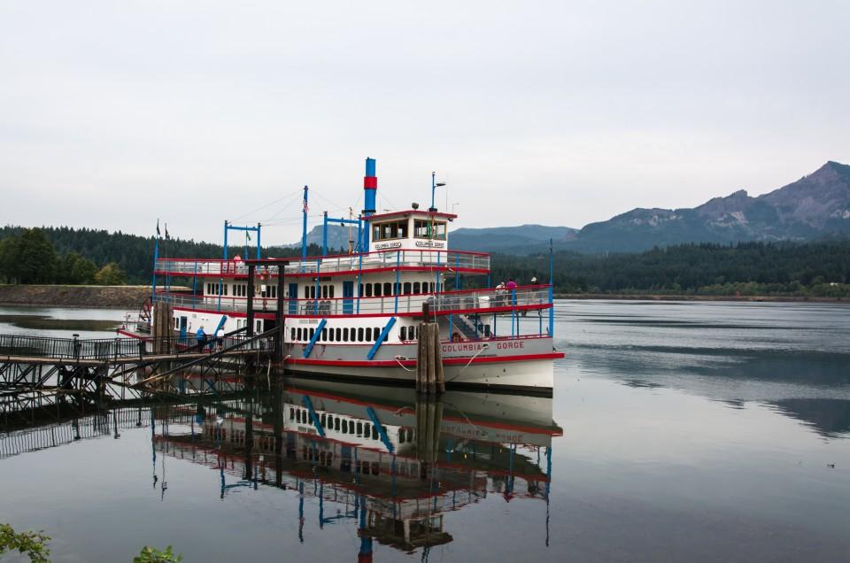 Columbia Gorge Sternwheeler Cruise